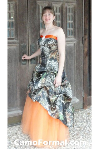 3011 Rebecca in Mossy Oak and Orange Tulle