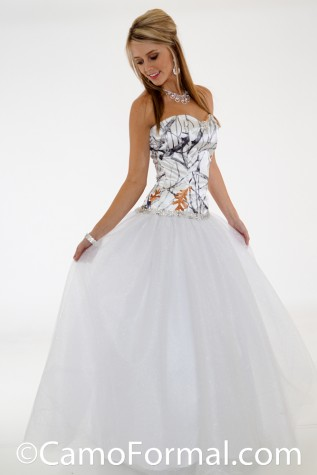 3655 Glitter Net Ball Gown