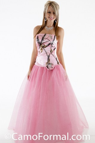 3658GN2FR Glitter Net Ballgown shown in Realtree APPINK and Pink Glitter-Net