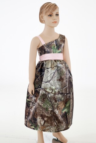 5604 Cold Shoulder flower-girl Dress shown in Realtree APG and Puff Pink