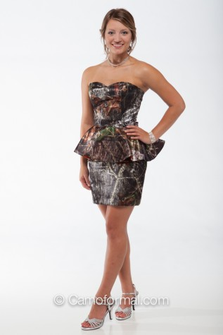 8076 with Camo Peplum lined with Hunter's Orange