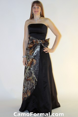 8579 with Camo Side Drape