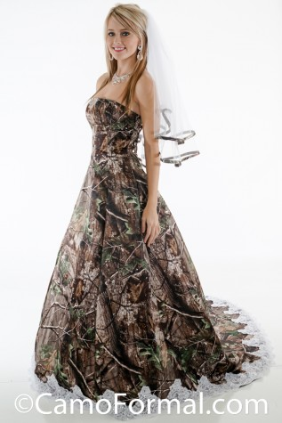 Strapless aline gown with full train