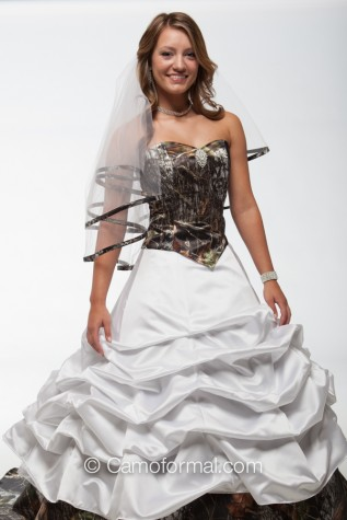Closeup: 9049-3066-3070 2 separate pieces - worn with bridal slip
