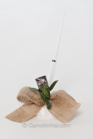 Guest Sign-in Pen  Burlap Bow with Mossy Oak Rosebud