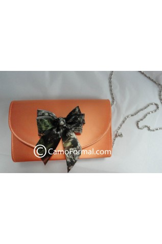 B862 purse dyed Hunter's Orange with Mossy Oak Bow