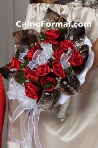 Camo Floral Bridal Bouquet - red and calla lilly