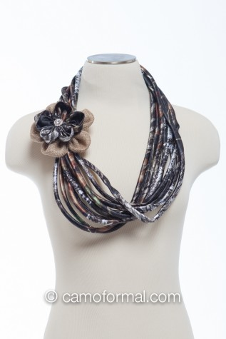 Neck Scarf - Mossy Oak with Mossy Oak and Burlap Rose