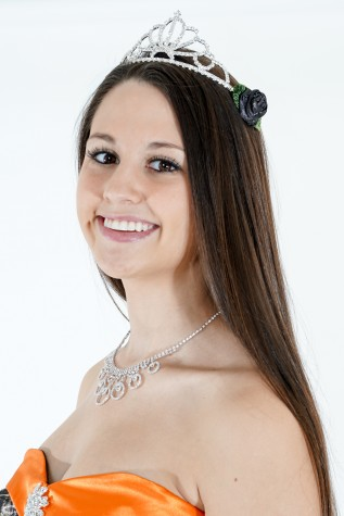 Y363 Tiara with camo side roses