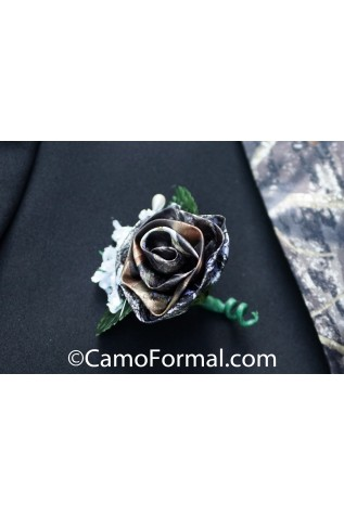 Camouflage Boutonniere Mossy Oak and Pearls