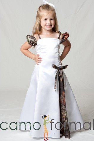 3599 Child Camo Mini Bride