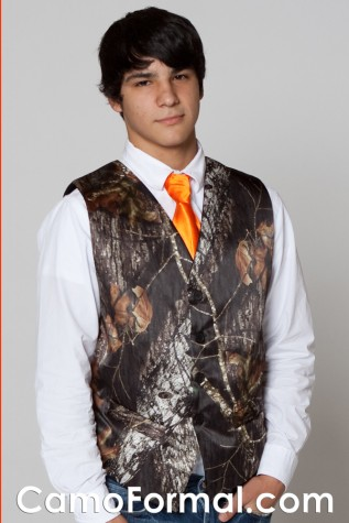 Mossy Oak Vest and Hunter's Orange Long Tie