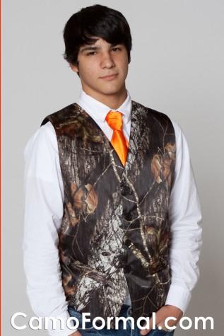 Mossy Oak Vest and Hunter's Orange Long Tie