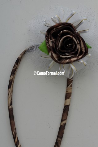 One rose wrist corsage shown in Realtree MAX-4