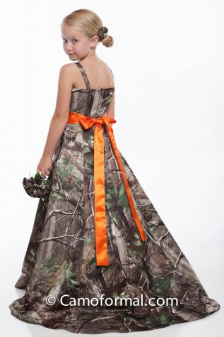Back:  8799 flower-girl in Realtree APG with Hunter's Orange Sash