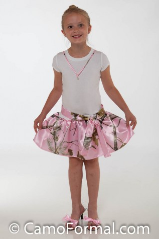 Girls T-Shirt dress in AP PINK inlcudes dress, necklace, sash, buckle