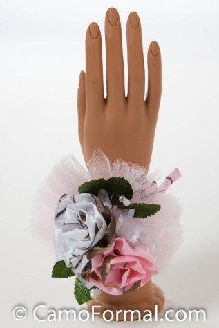 2 rose wrist corsage in Realtree AP SNOW and AP PINK