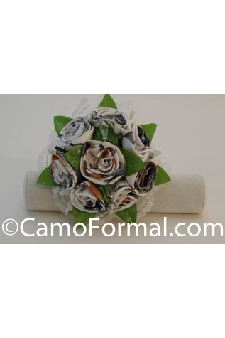 8 Rose Camo Bouquet - shown in True Timber Snowfall