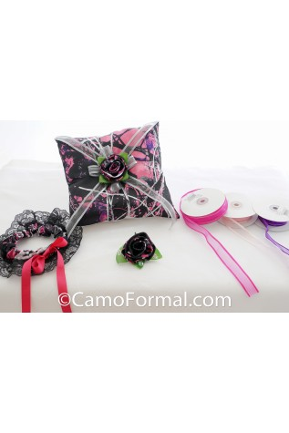 Garter, Pillow, Boutonniere, MUDDY GIRL