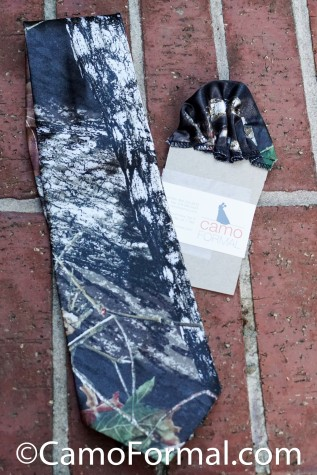 Camo Long Tie and Pocket Square Set