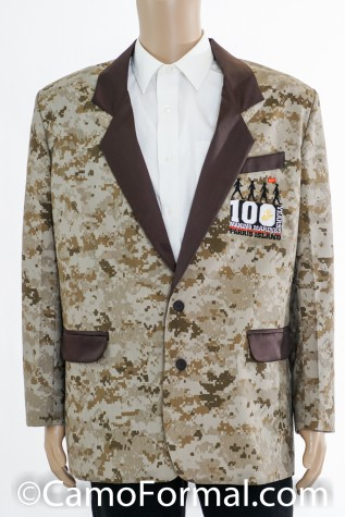 Realtree Max-4 with Black Lapels