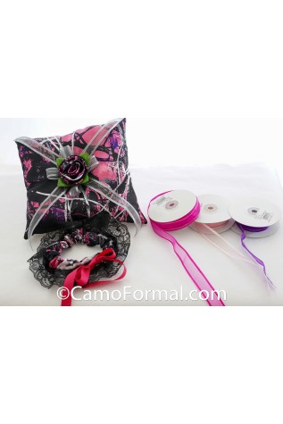 Muddy Girl - Pillow and Garter with Ribbon choices - also White and Black ribbon match Muddy Girl