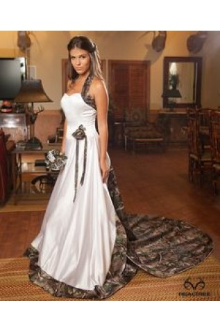 Realtree Photo - Camoformal 3056 Annabeth in White and APG