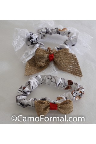 Camo Burlap and Ribbon Bride & Groom Garter Set