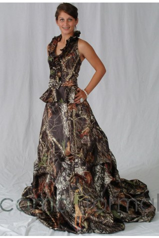 Mossy Oak New Breakup Skirt with Bubble Train