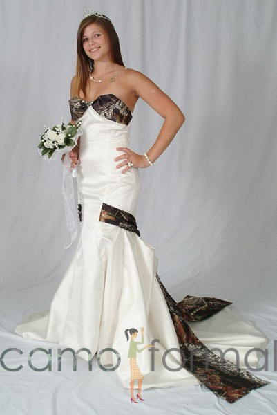 3030 lia mermaid wedding gown with camo bodice drop for Camo ribbon for wedding dress