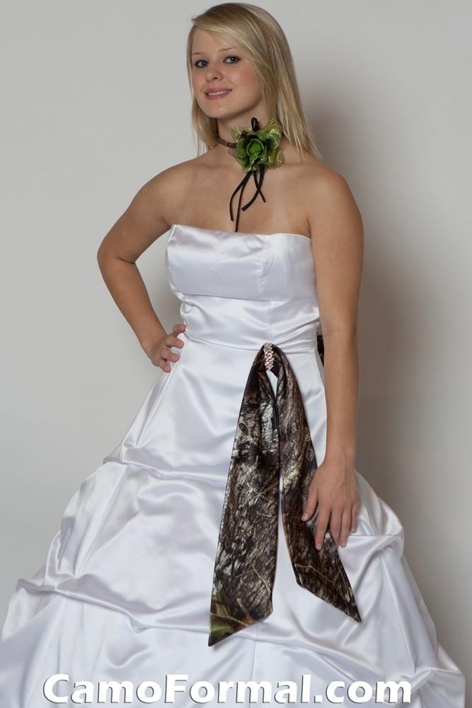 Wedding dress camo sash wedding dresses asian for Camo accented wedding dresses