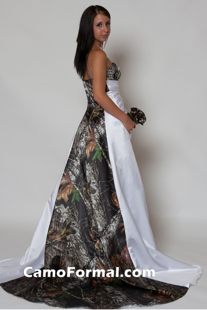 3137 camo and satin wedding dress with piping camouflage for Camo ribbon for wedding dress