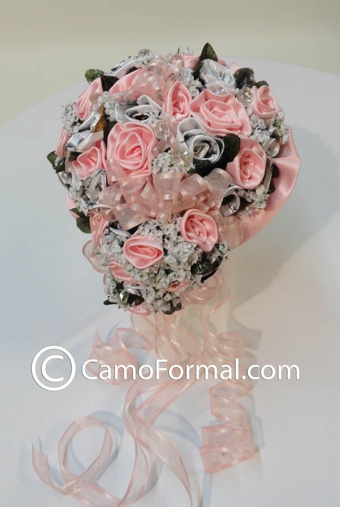 Home 187 camo floral quot bridal quot bouquet