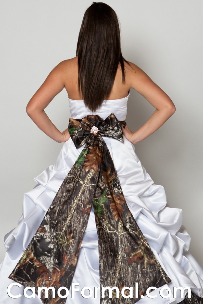 Camo pickup ball gown camouflage prom wedding homecoming for Camo ribbon for wedding dress