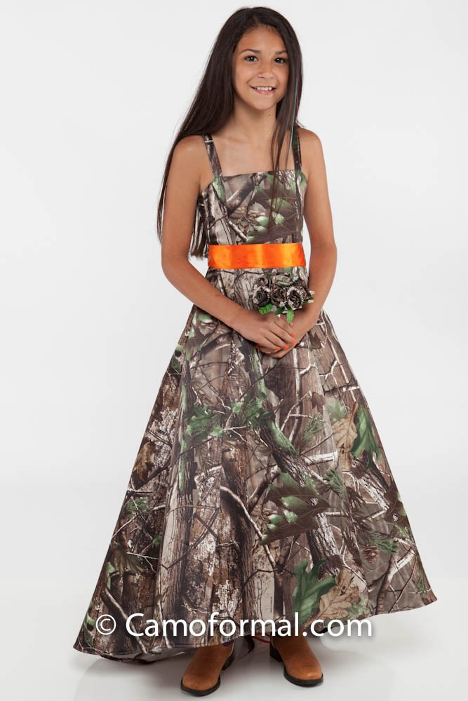 camo flowergirl dress for outdoor wedding camouflage prom