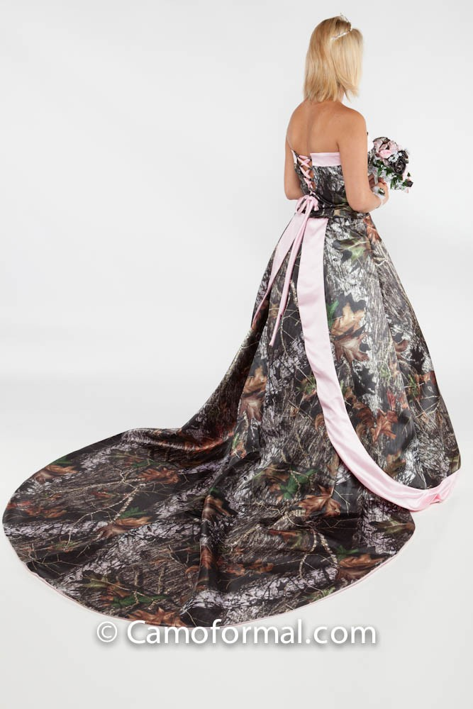 Mossy oak new breakup attire camouflage prom wedding for Camo ribbon for wedding dress