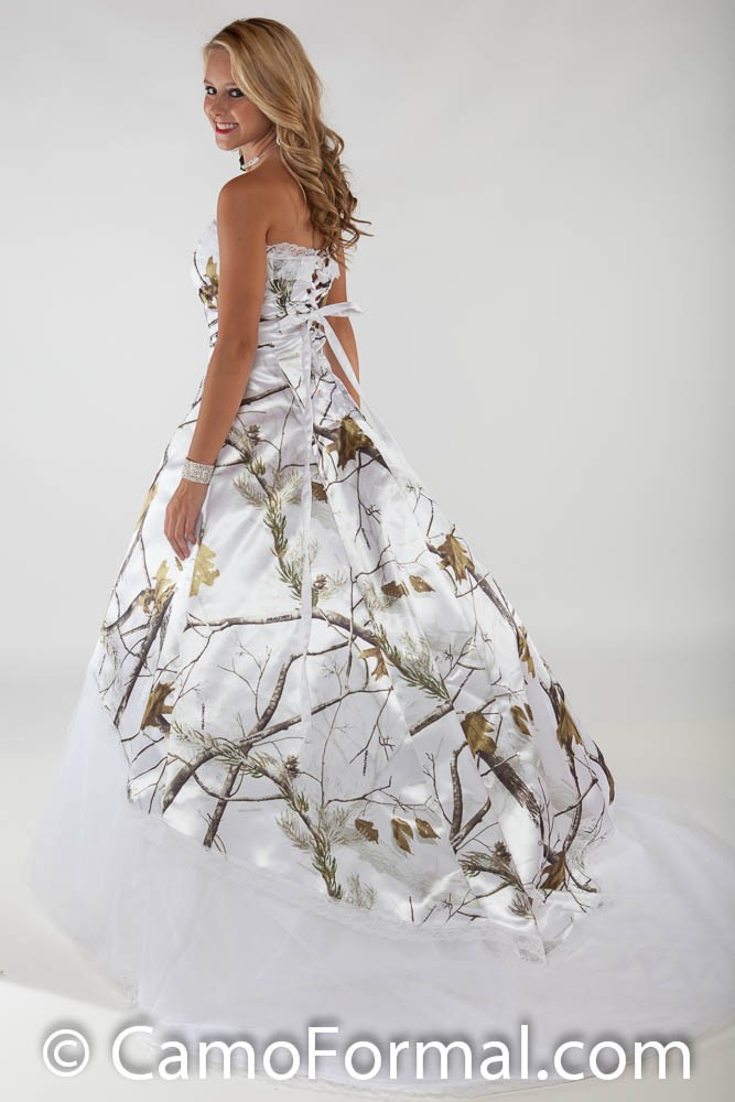 3010 lace option wedding gown with train camouflage prom for Snow white camo wedding dress