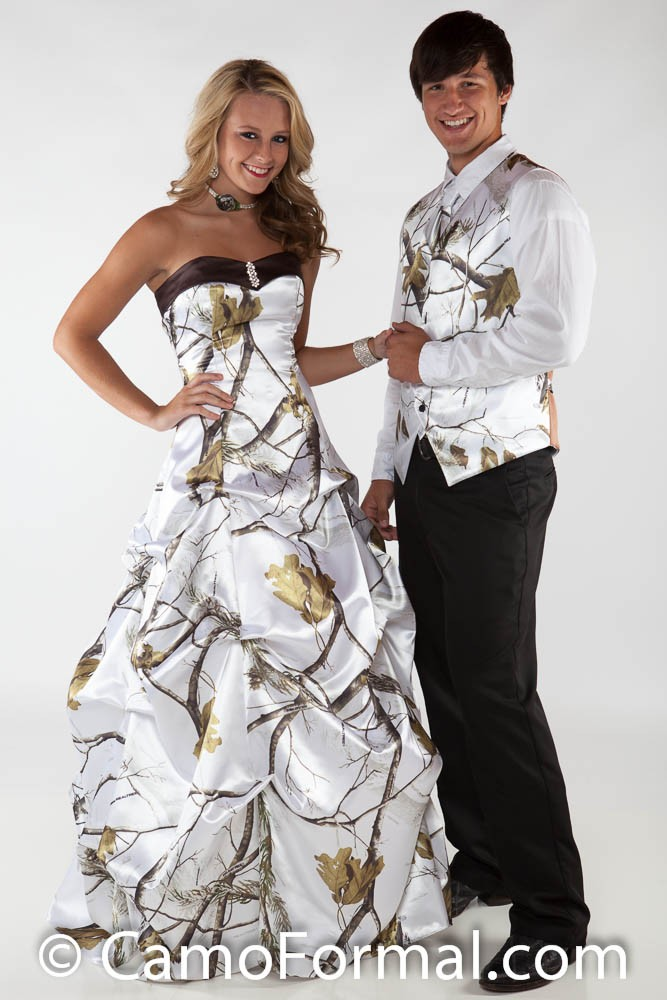 Wedding Dresses In White And Camo 59