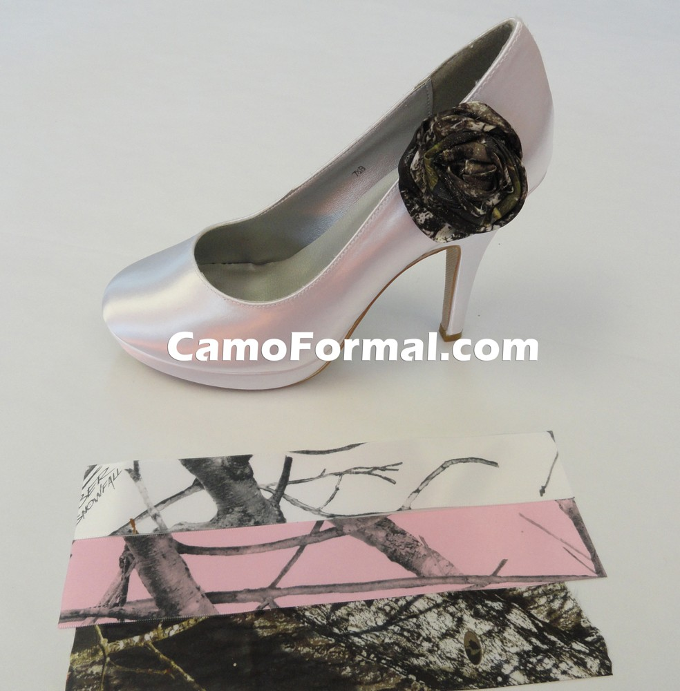 Camouflage Shoes and Clips Camouflage Prom Wedding Homecoming Formals