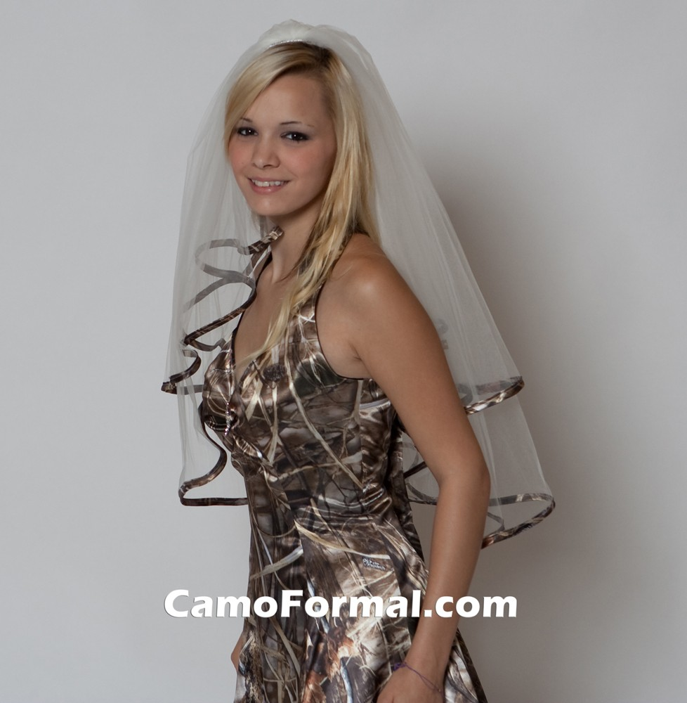 veil camo trimmed waist length wedding dresses with camo Veil Trimmed in Realtree MAX 4