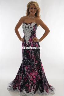 "* 3887 ""Ellen""  Mermaid Wedding Gown, Lace & Sweep Train"