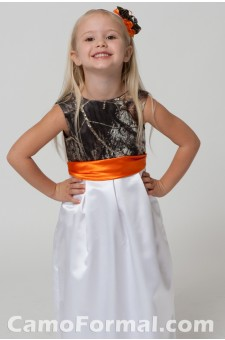 "5562 ""Macy"" Pleated Empire Flowergirl"