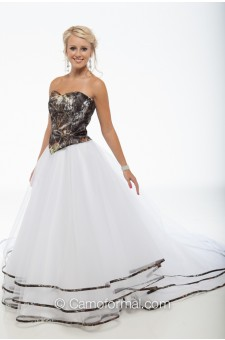 * 9049-Triple Net Bridal Skirt