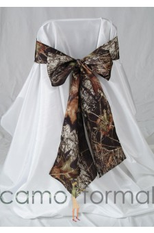 * Camo Chair Tie