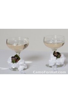 Champagne Toasting Glasses with Rosebuds