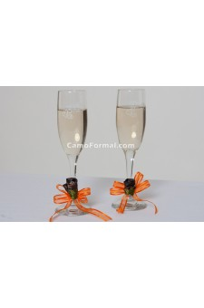 Flute Toasting Glasses with Rosebuds