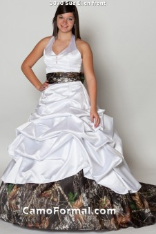 Sale  3070 White Pickup Halter Bridal Train
