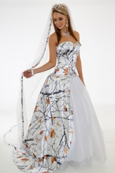 3655 RTGNWT  Camo Wedding Gown with Train and Veil