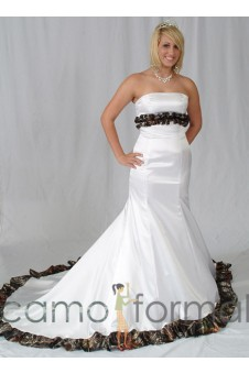 * 3800 Mermaid Wedding Gown with Ruffled Camo Trim