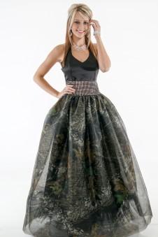 *PR 6335 Halter with Mossy Oak New Breakup mesh ball gown skirt